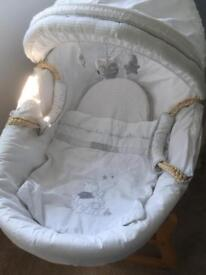 Winnie the Pooh Moses basket with rocking stand