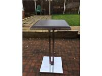 Bar table/stand 3.5ft tall 2ft square Can deliver.