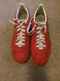 Nike Cortez trainers red size 9