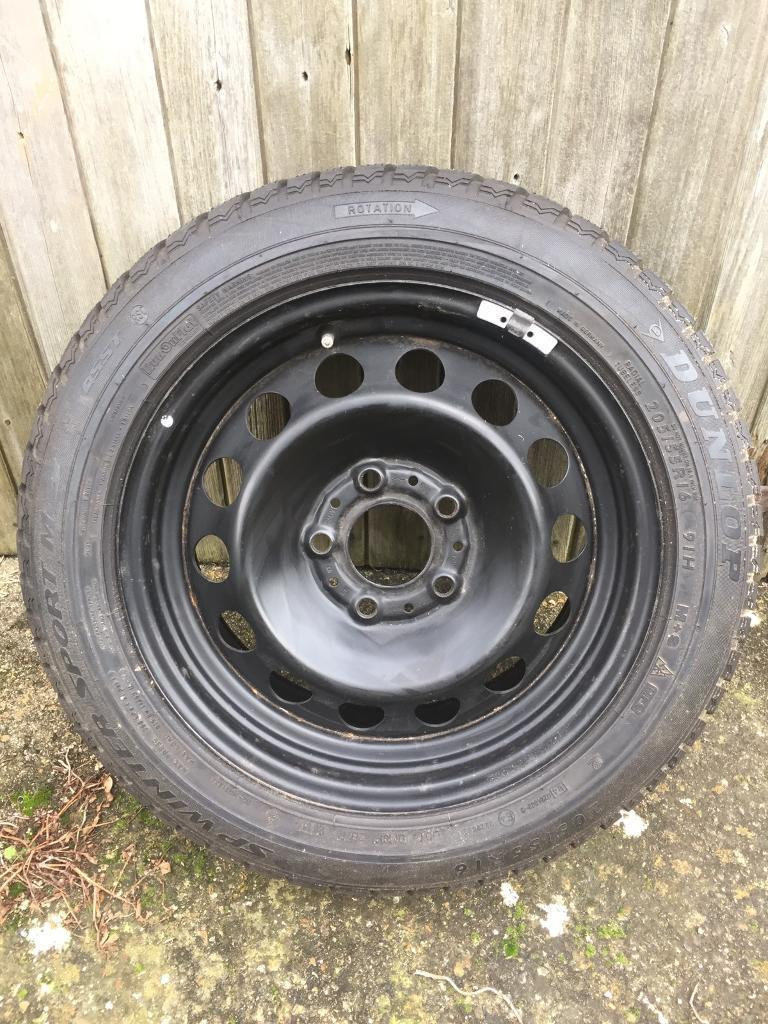 4 bmw steel wheels and tyres, 5 x 120 steel wheels, 16 inch from BMW e91, 320d