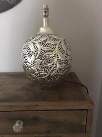 M&S Lamp Base