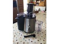 Cooks Professional Juice Extractor / Juicer