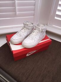 Nike Air Force 1 AF1 Leather Sport Shoes Size 5.5 UK (38.5 EU) White
