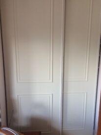 2 Sliding wardrobe doors