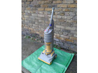 Dyson upright vacuum cleaner... Running. Working... #FREE LOCAL DELIVERY#