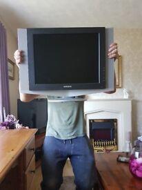 27 INCH SAMSUNG TV