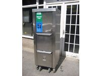 Catering wast compactor commercial IMC IP400.