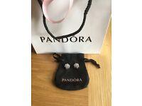 Pandora floral lace clip charms