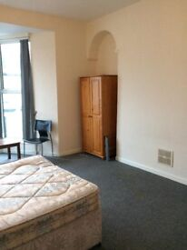 Student room to rent 10 minute walk from Plymouth university