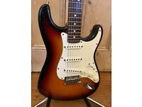 1997 Fender American Standard Stratocaster – Sunburst