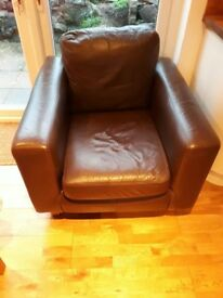 £125 Brown leather sofa and chair - good conditon