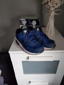 Nike air classics size 2.5