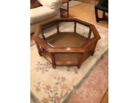 Coffee table octagonal with glass top