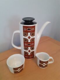 Meakin Coffee Set Vintage collectable.