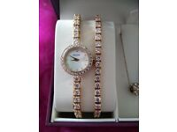 Accurist Watch Bracelet and necklace gift set