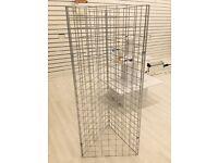Metal hanging rack open/closed