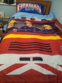Fireman Sam Bedding Set, duvet cover and pillow case, with duvet, pillow and two Fireman Sam toys