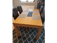 Dining Set - Oak table with 4 chairs