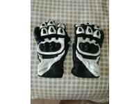 White leather gloves xxl