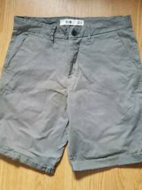Men's shorts - 32 regular