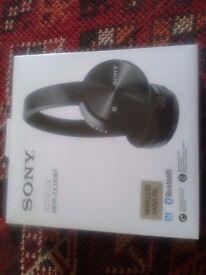 Wireless stereo headset MDR-ZX330BT