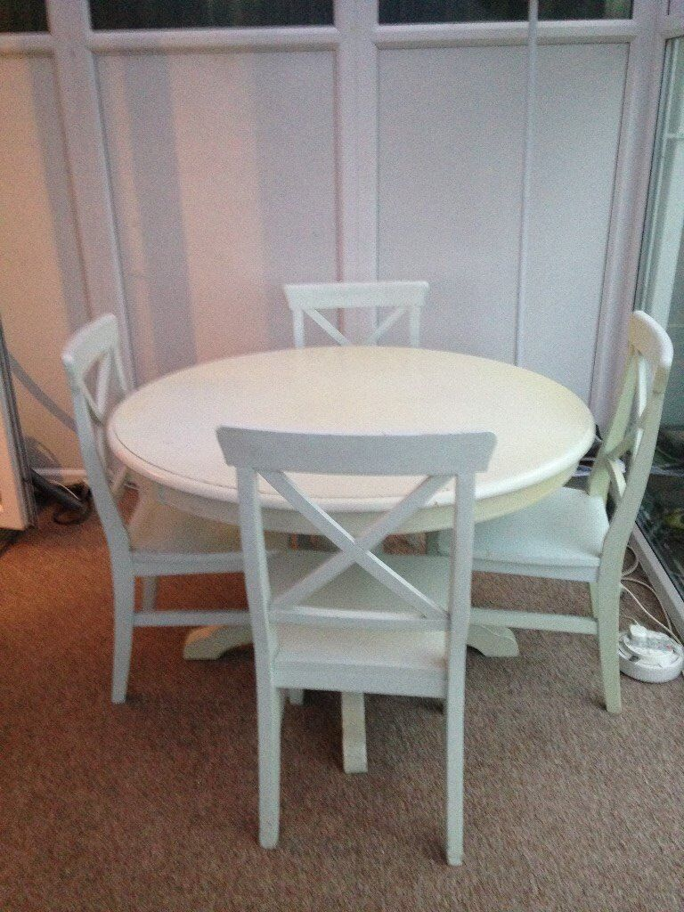 Shaker Style Table and 4 chairs
