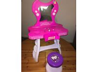 Hello Kitty dressing table pink