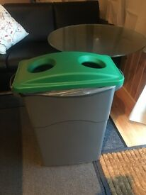 Rubbermaid recycle bin for office or home - large capacity for bottles cans etc