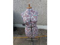 Dressmaker adjustable mannequin