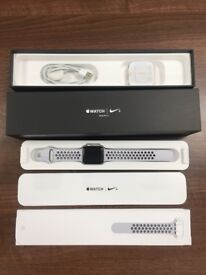 Apple Watch Nike - Series 3 - 42mm - Nike Sport Band Pure Platinum/Black Boxed