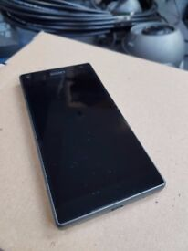 SONY Z5 COMPACT IN GRAPHITE BLACK COLOUR, MINT CONDITION AND IN PERFECT WORKING ORDER