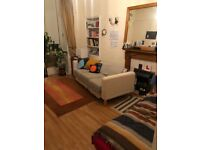 1 bedroom available for 3 mnths in 2bdflat Queen's Park