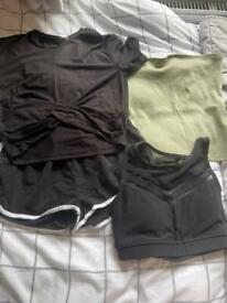Clothes bundle size small