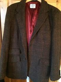 Mens tweed jacket.