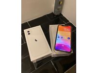 APPLE IPHONE 11 64 GB FACTORY UNLOCKED NEW IN BOX WHITE/SILVER