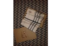 **BURBERRY SCARF IN CHEQUERED WHITE. NEW IN BOX WITH TAGS. RRP £335**