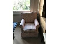 Comfortable Pink and White Vintage Sofa Armchair