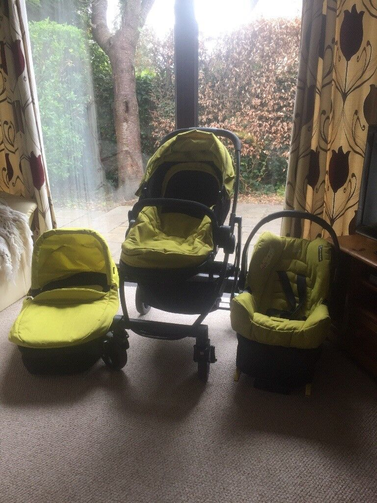 Graco pushchair/carrycot/car seat