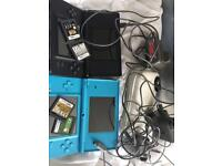 2 2DS + 3 chargers and case + 4 games