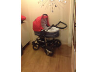 CARRYCOT PRAM/ PUSHCHAIR AND CAR SEAT 2 in 1