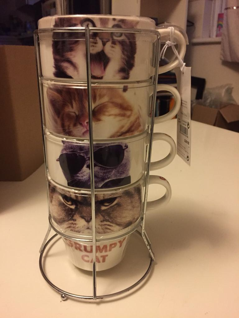 Brand new BNWT Next Photo cat Set Of 4 Stacking Mugs With Stand | in Croydon  WH85