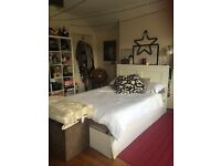 Large double bedroom in Southville house share