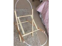 Moses basket stand and car seat