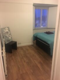 Single/double bedroom available