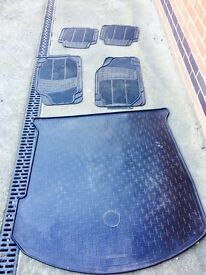 FORD MONDEO FLOOR MATS AND BOOT LINER FOR SALE