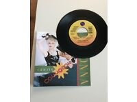 MADONNA Causing A Commotion USA 7""