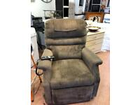 Rise and recline mobility chair £129 delivered