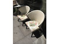 CHAIRS LLOYD LOOM STYLE MID CENTURY MODERN 1950S PAIR WHITE & FLORAL
