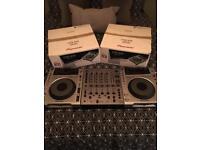 Pioneer CDJ 850 & Pioneer DJM600 Mixer