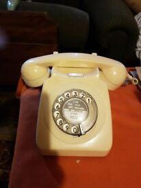 1960 Dial Phone Cream